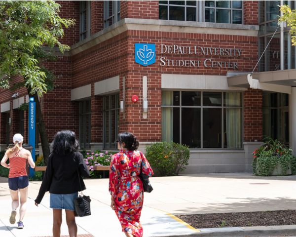 DePaul First-Year Programs Recognized by US News and World Report